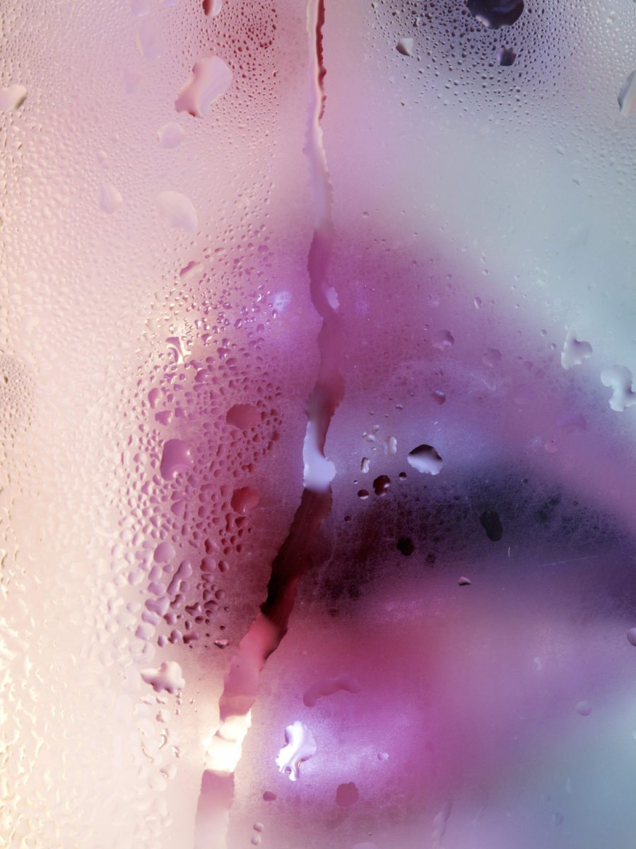 Marilyn Minter, Rivulet, 2017 Dye Sublimation print, Courtesy Salon 94