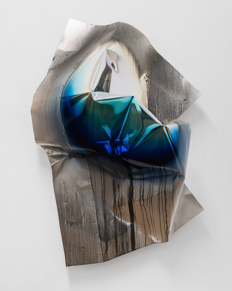 DORIAN GAUDIN, The Hidden Party, 2017 Aluminium, rivets, chrome, paint, 61 x 47.25 x 19.7 in., Photo Grégory Copitet, Courtesy PACT