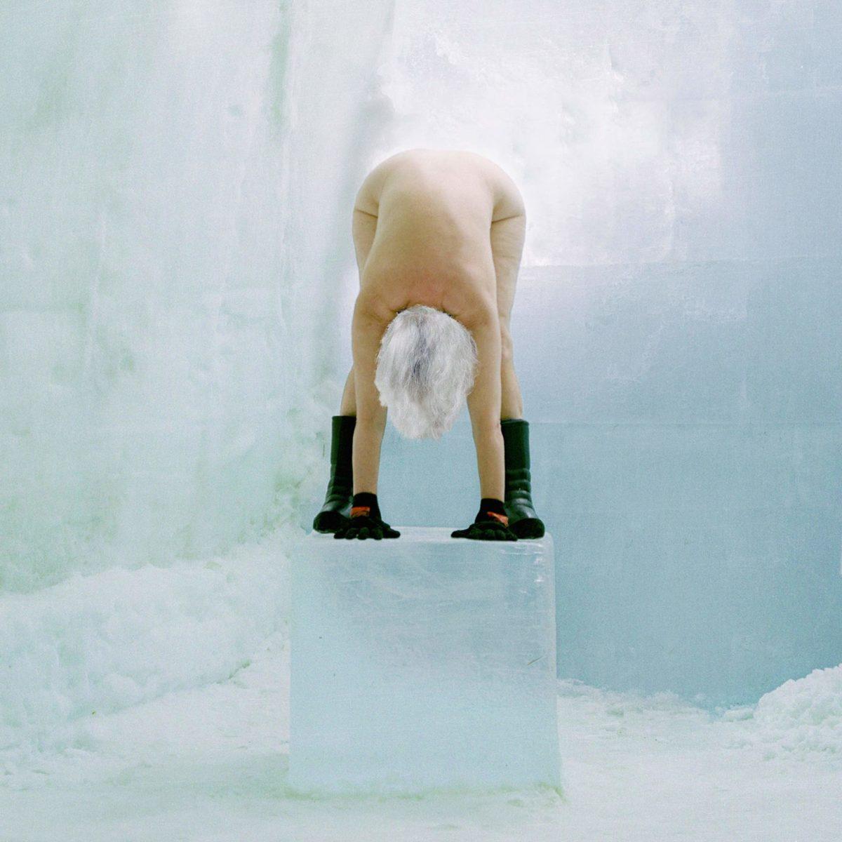Kirsten Justesen, Ice Pedestal, Formations, 2000, © Kirsten Justesen
