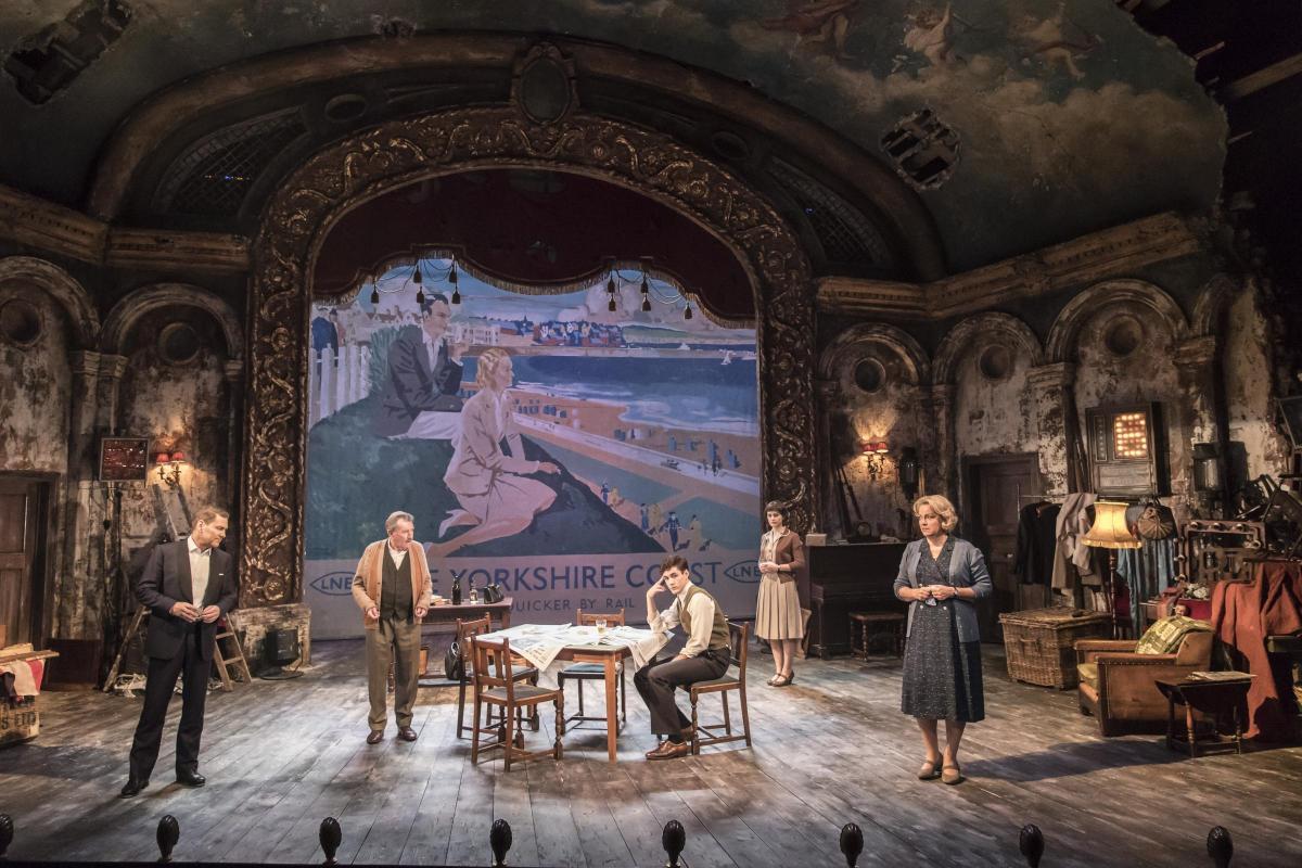 The Entertainer, Garrick Theatre, 2016, photo: Johan Persson