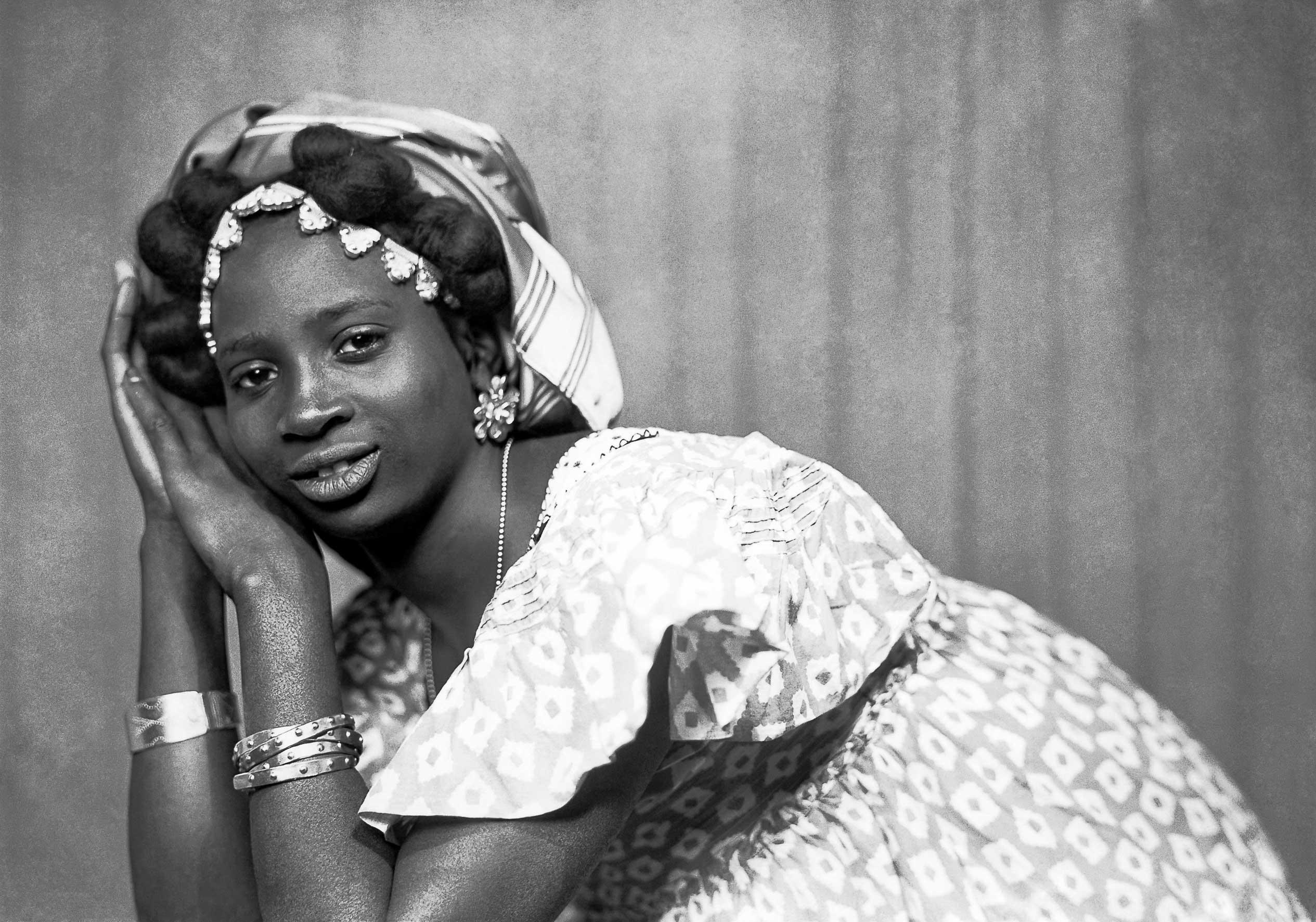 Mama Casset, St Louis 1908/Dakar 1992, © Photo Mama Casset, Studio African Photo, Dakar, Sénégal, 1950-60 Estate of Mama Casset / courtesy Revue Noire