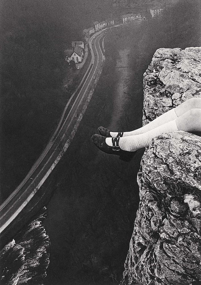 Paul Hill, Legs Over High Tor, Matlock, 1975