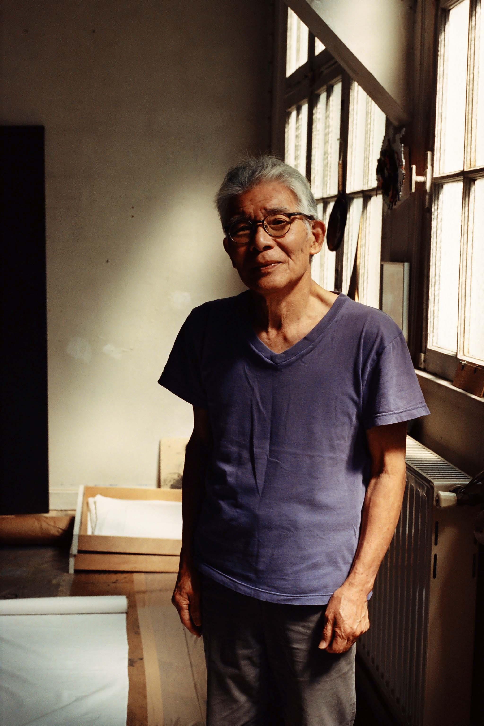 Takesada Matsutani in hs studio. Photo by Jules Faure