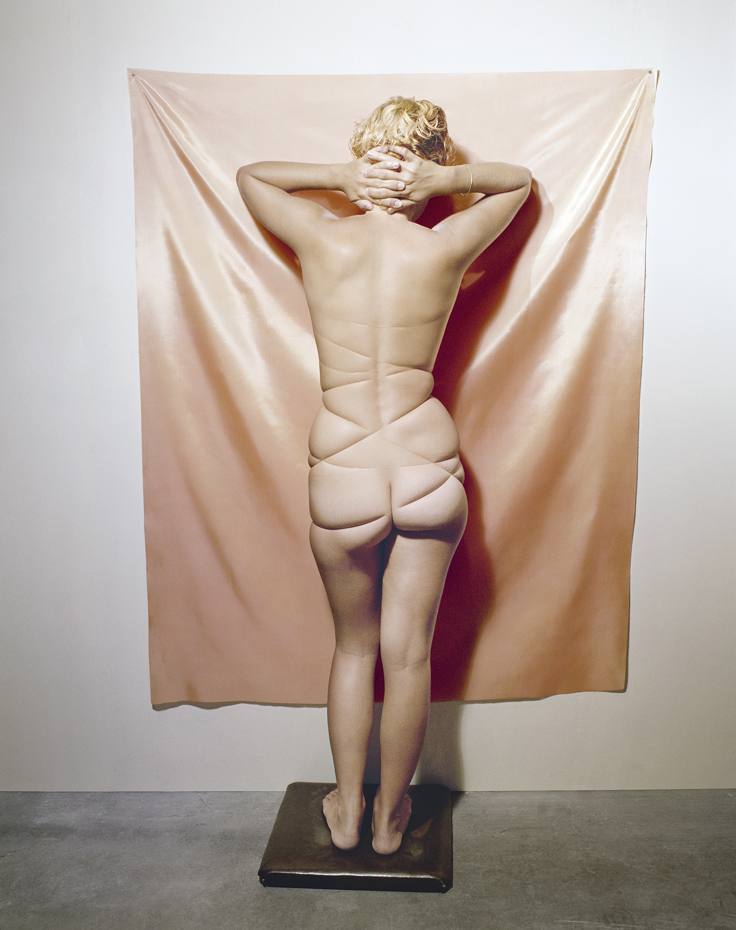 Jo Ann Callis, Untitled from Early Color Portfolio, 1976. Courtesy Rose Gallery at Curiosa, Paris Photo