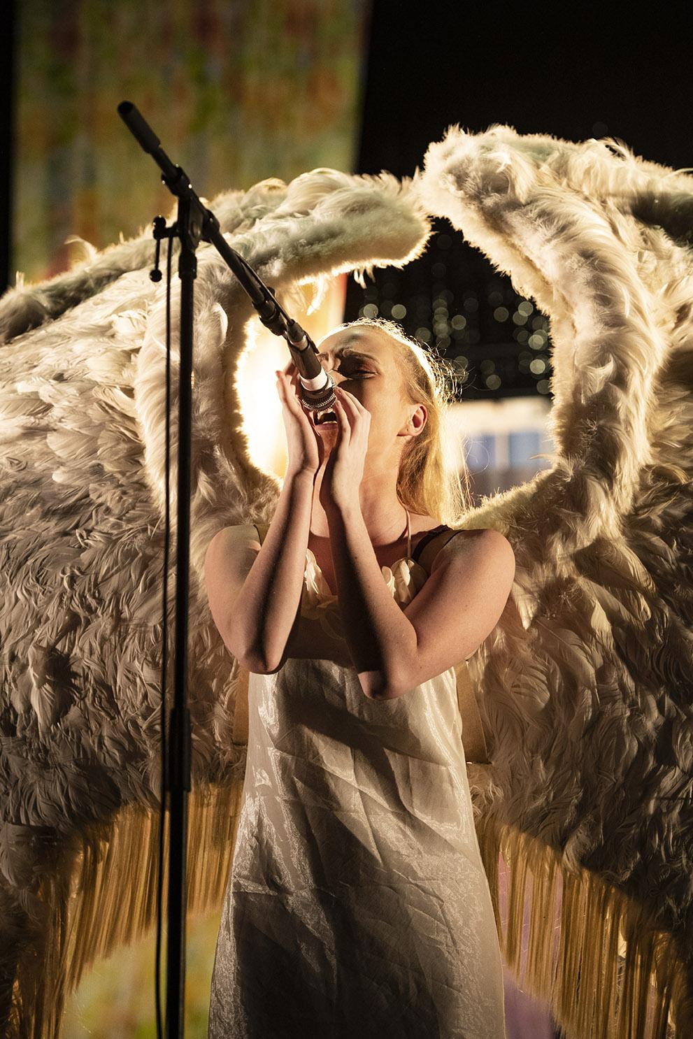 Truth or dare, Britney or Goofy, Nacht und Nebel, Jesus Christ or Superstar, photo:Fred Debrock