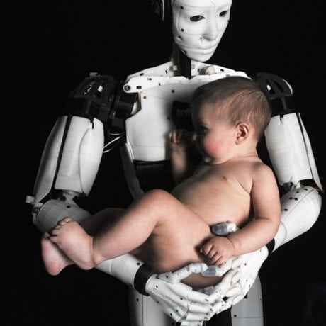 ROBOT LOVE. Gael Langevin. InMoov. Photo Yethy