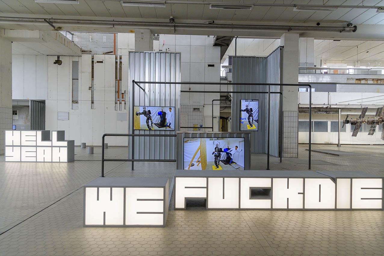 ROBOT LOVE Hito Steyerl, Hell Yeah We Fuck Die