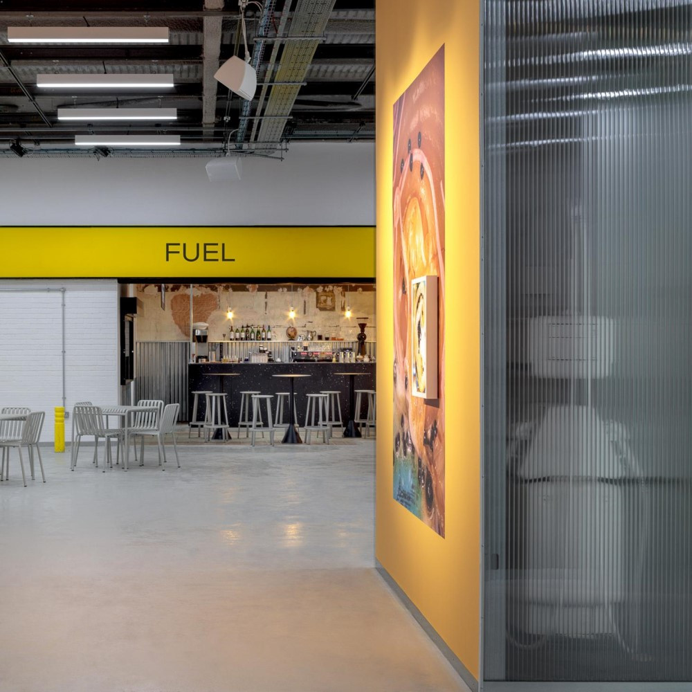 Fuel Cafe: by day