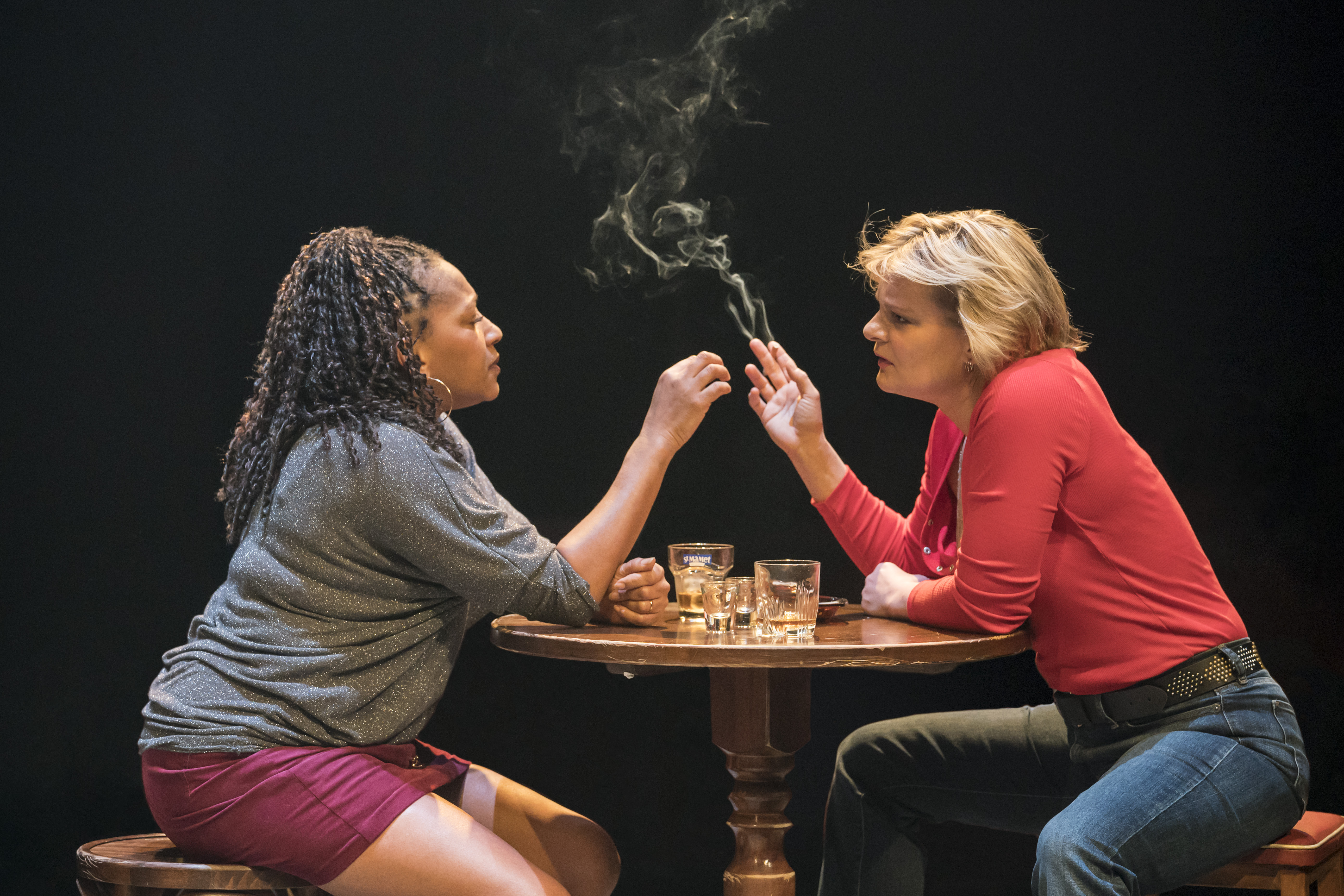 Clare Perkins (Cynthia) and Martha Plimpton (Tracey) in Sweat at the Donmar Warehouse directed by Lynette Linton, designed by Frankie Bradshaw. Photo Johan Persson.