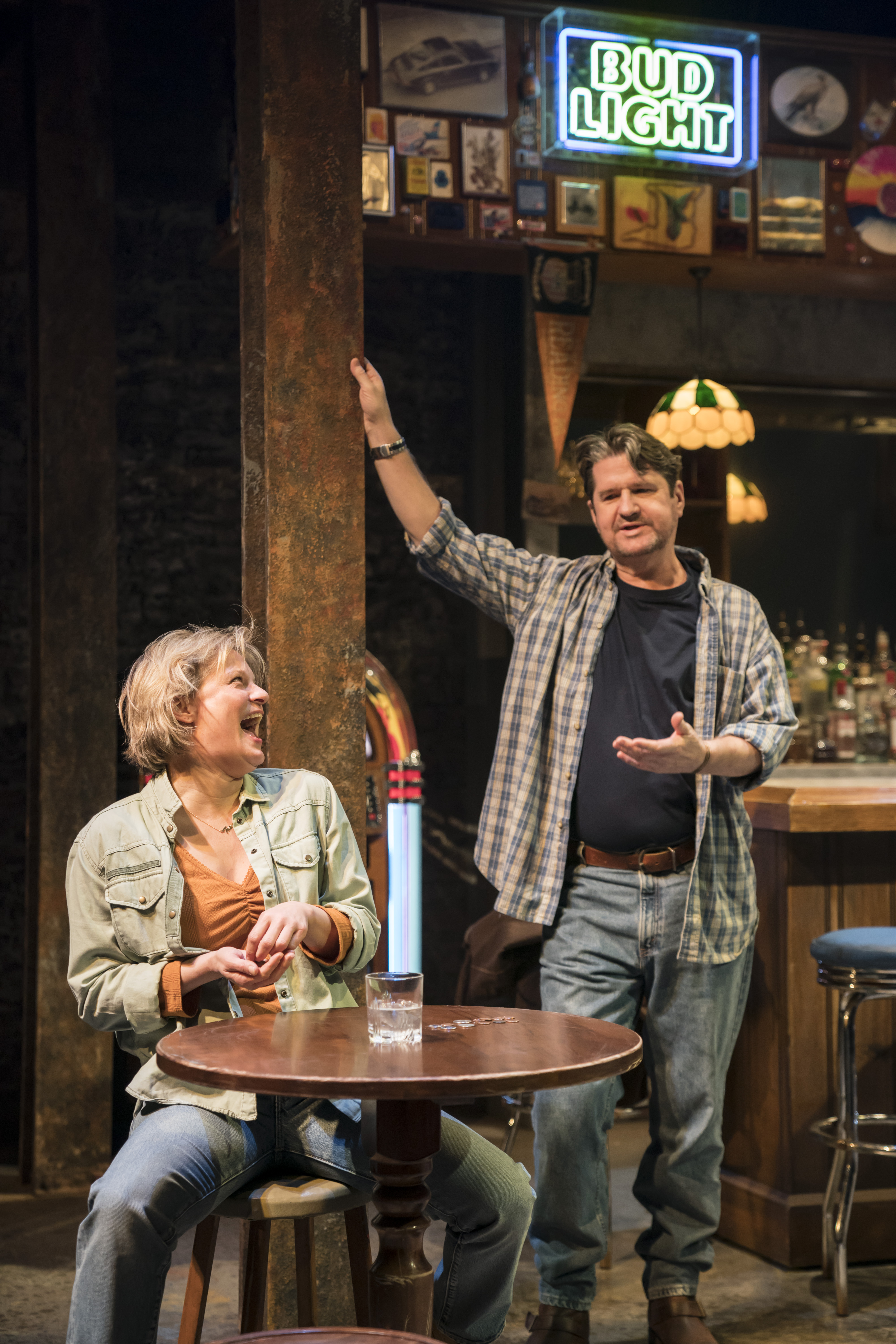 Martha Plimpton (Cynthia) and Stuart McQuarrie (Stan) in Sweat at the Donmar Warehouse directed by Lynette Linton, designed by Frankie Bradshaw. Photo Johan Persson.