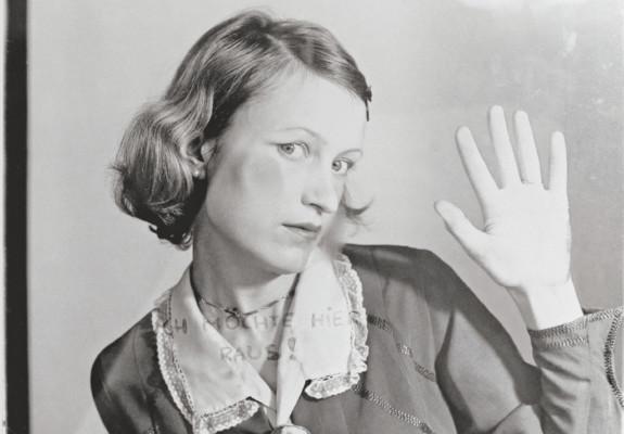 "Birgit Jürgenssen, ""I want out of here!"" 1976"