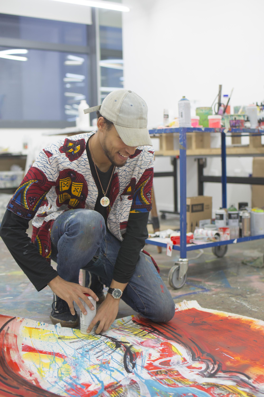 Картины Бенджамина Ньюджента направляют сырую энергию городской жизни