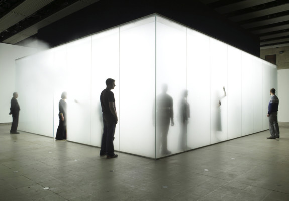 Antony Gormley, Blind Light, 2007