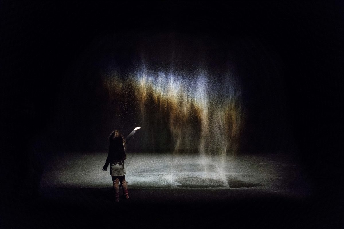 OlafurEliasson, Beauty, 1993. Installation view at Moderna Museet, Stockholm, 2015 Photo by Anders Sune Berg. Courtesy of the artist; neugerriemschneider, Berlin; Tanya Bonakdar Gallery, New York / Los Angeles © 1993 Olafur Eliasson