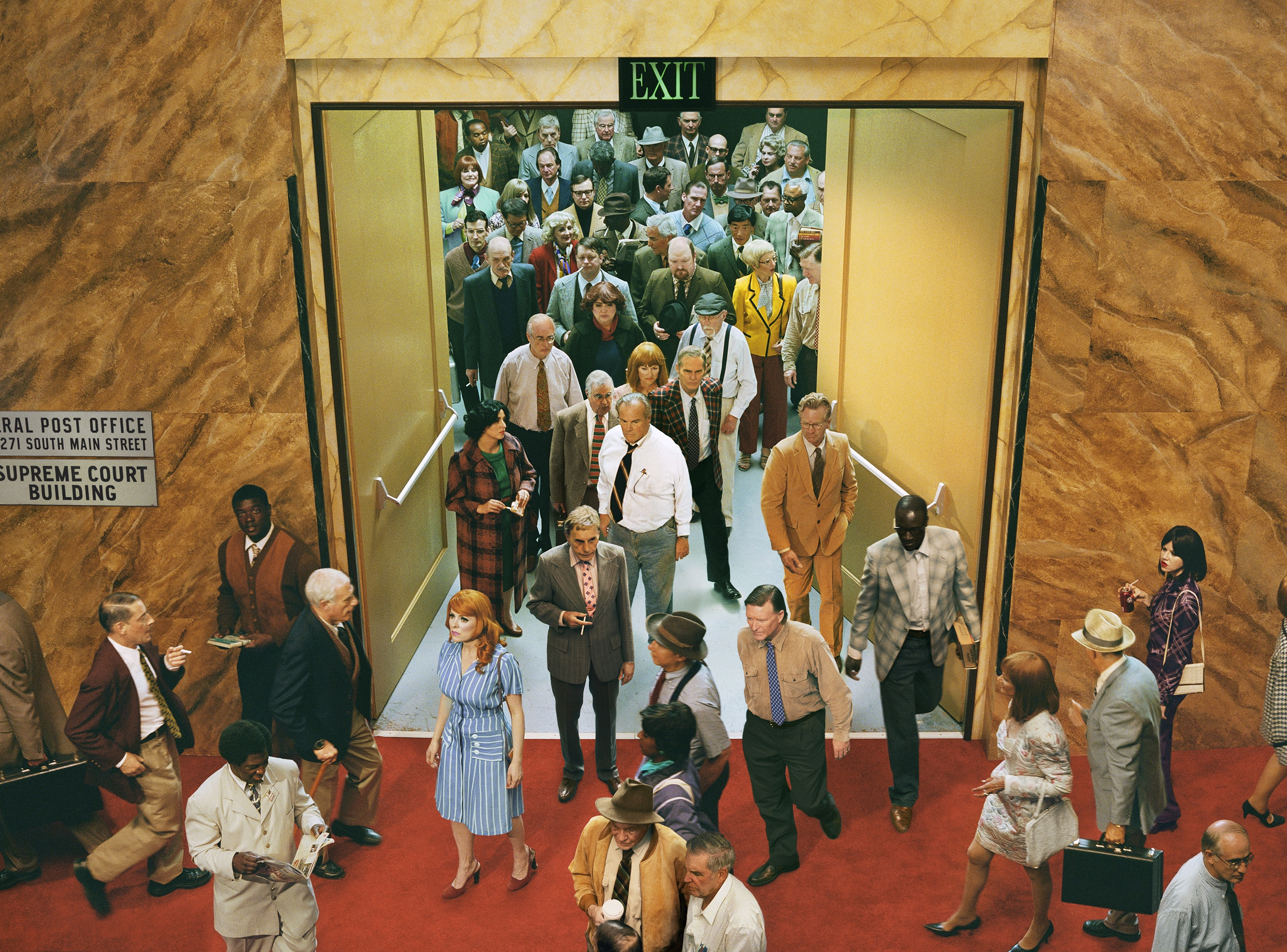Alex Prager, Crowd #8 (City Hall), 2013. Courtesy Alex Prager Studio and Lehmann Maupin, New York, Hong Kong, and Seoul
