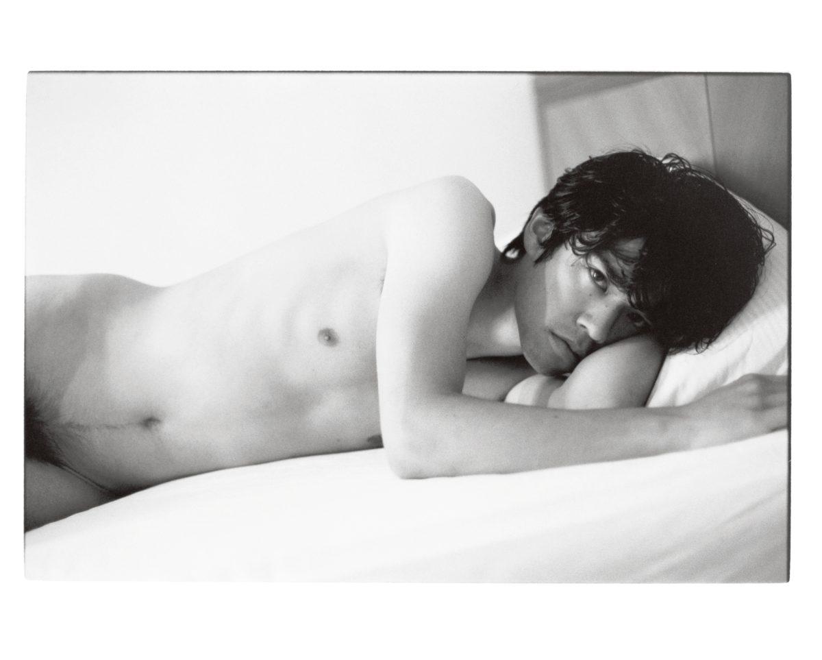 SakikoNomura,Nude / A Room / Flowers,2012. CourtesySakiko Nomura