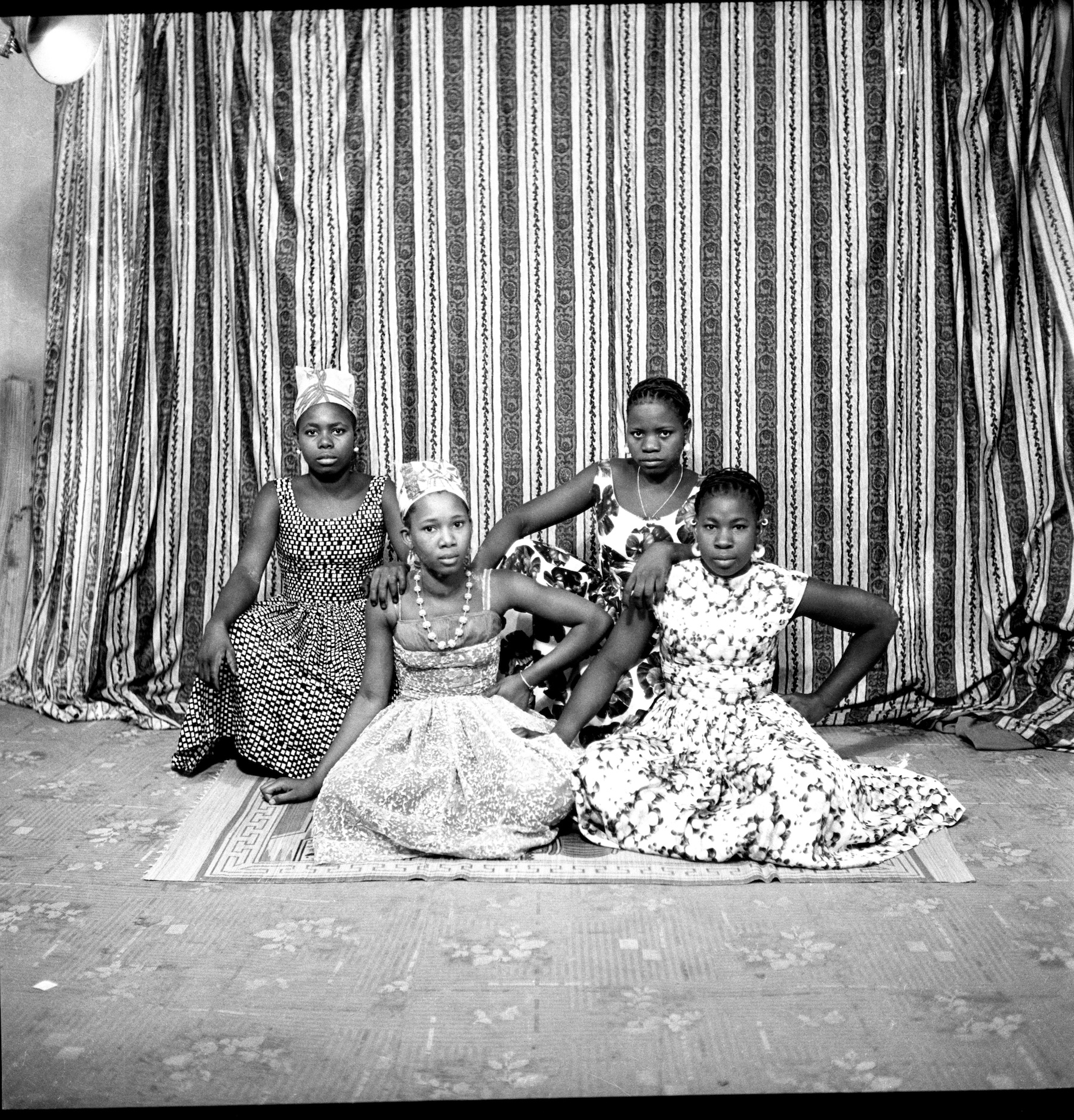 Abdourahmane Sakaly, Jeunes copines, May 1962. Courtesy the artist and Black Shade Projects