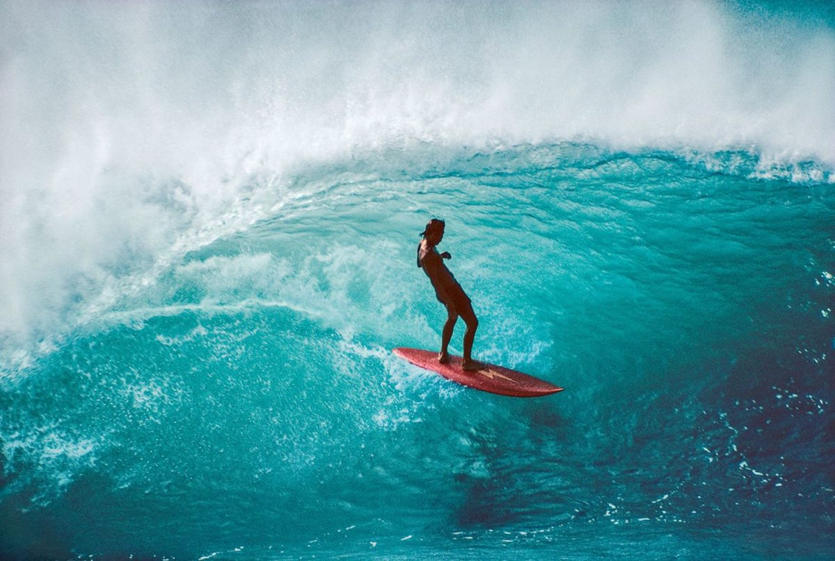 Gerry Lopez, Pipeline, Hawaii 1975. Photo © Jeff Divine
